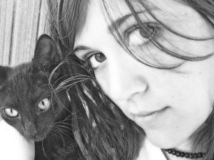 Girl with cat -  Lorella Luccarini